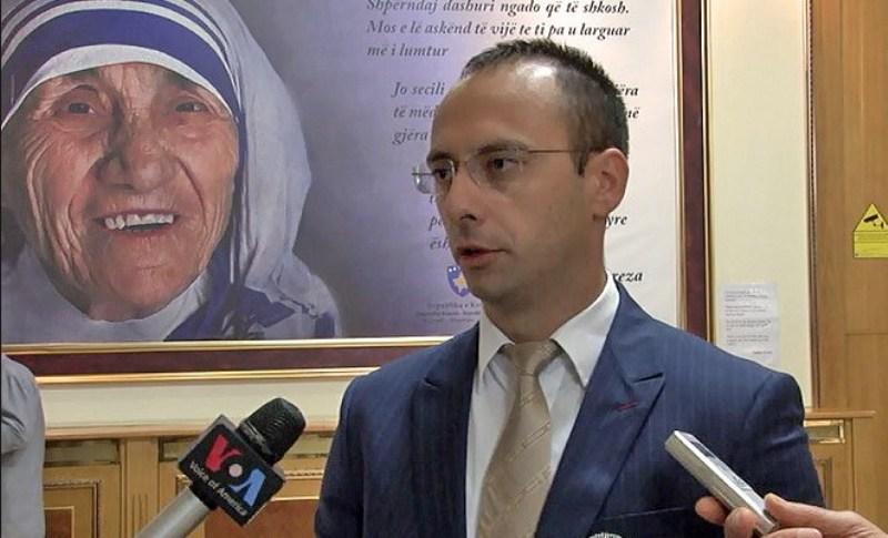 Nënkryetari i Listës Serbe   Jemi detyruar ta mbrojmë Kushtetutën e Kosovës nga partitë shqiptare