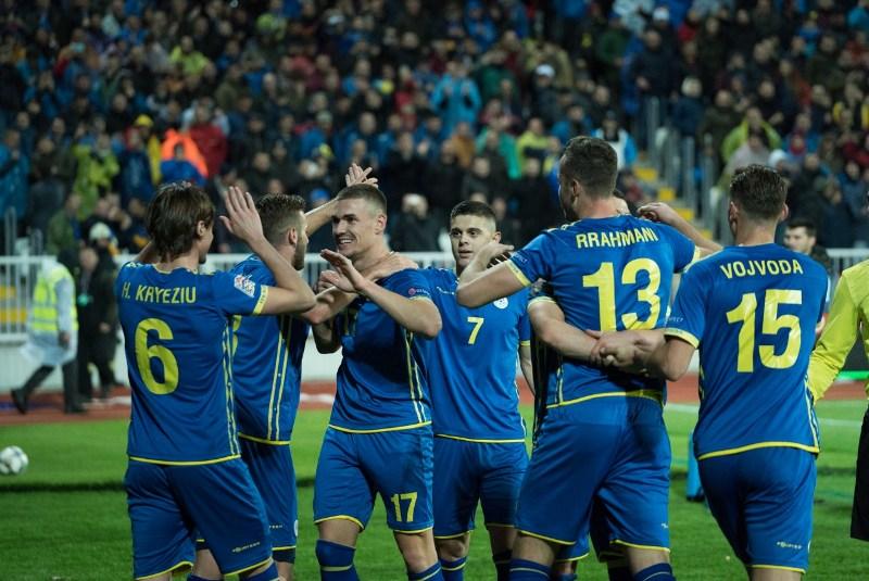 Kosovë   Danimarkë  bastorët parashikojnë fituesin